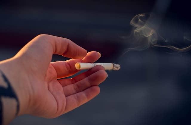 Santé : les Français picolent et fument trop selon l'OCDE